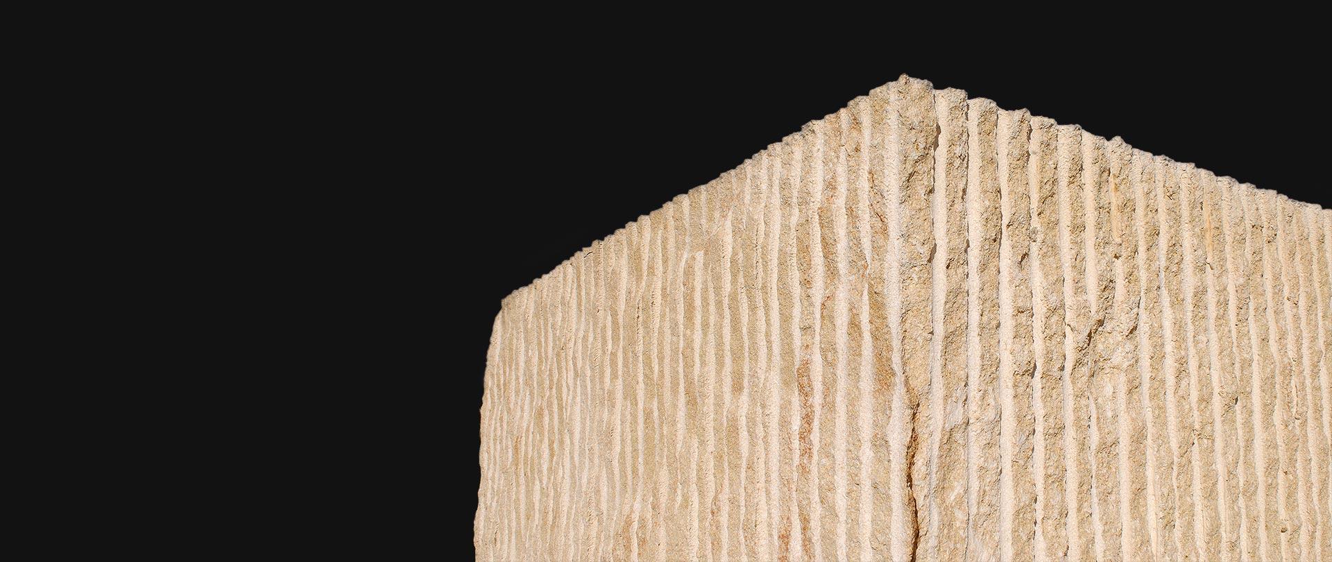 + de 50 años trabajando la Piedra Natural